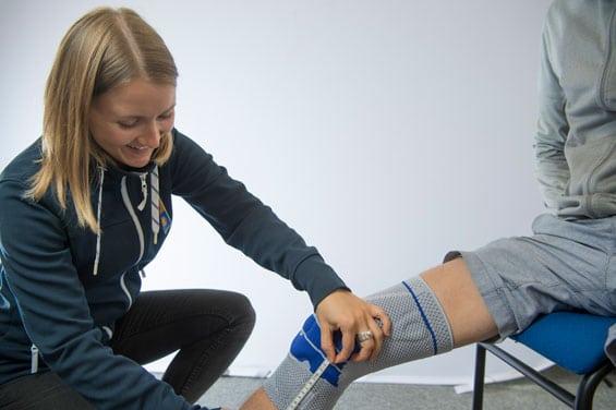 utprovning av knäskydd